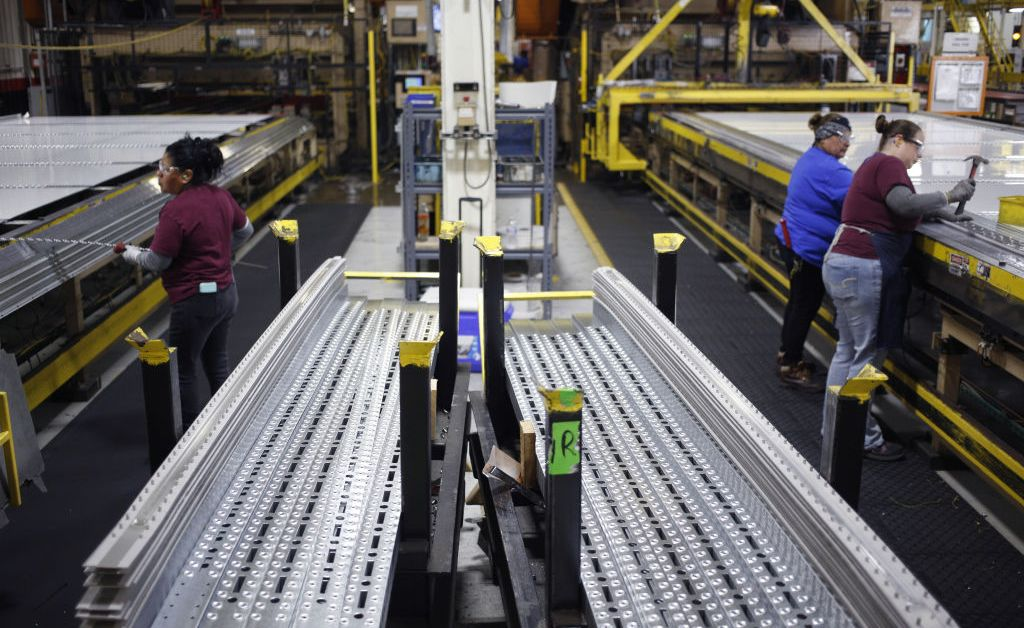 U.S. Manufacturing Shrinks for First Time in 3 Years – the Latest Economic Warning Sign