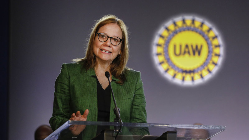 GM CEO Mary Barra meets with UAW leaders over strike