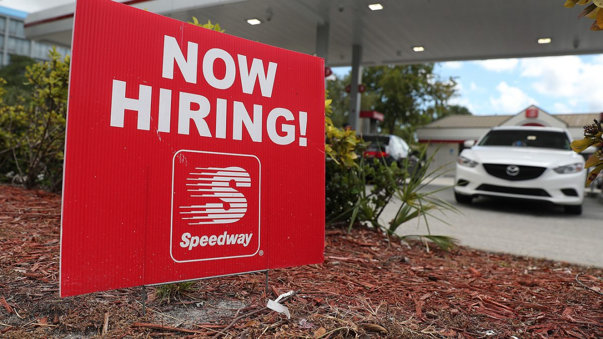 Economic Report: U.S. jobless claims jump to nearly 5-month high of 225,000