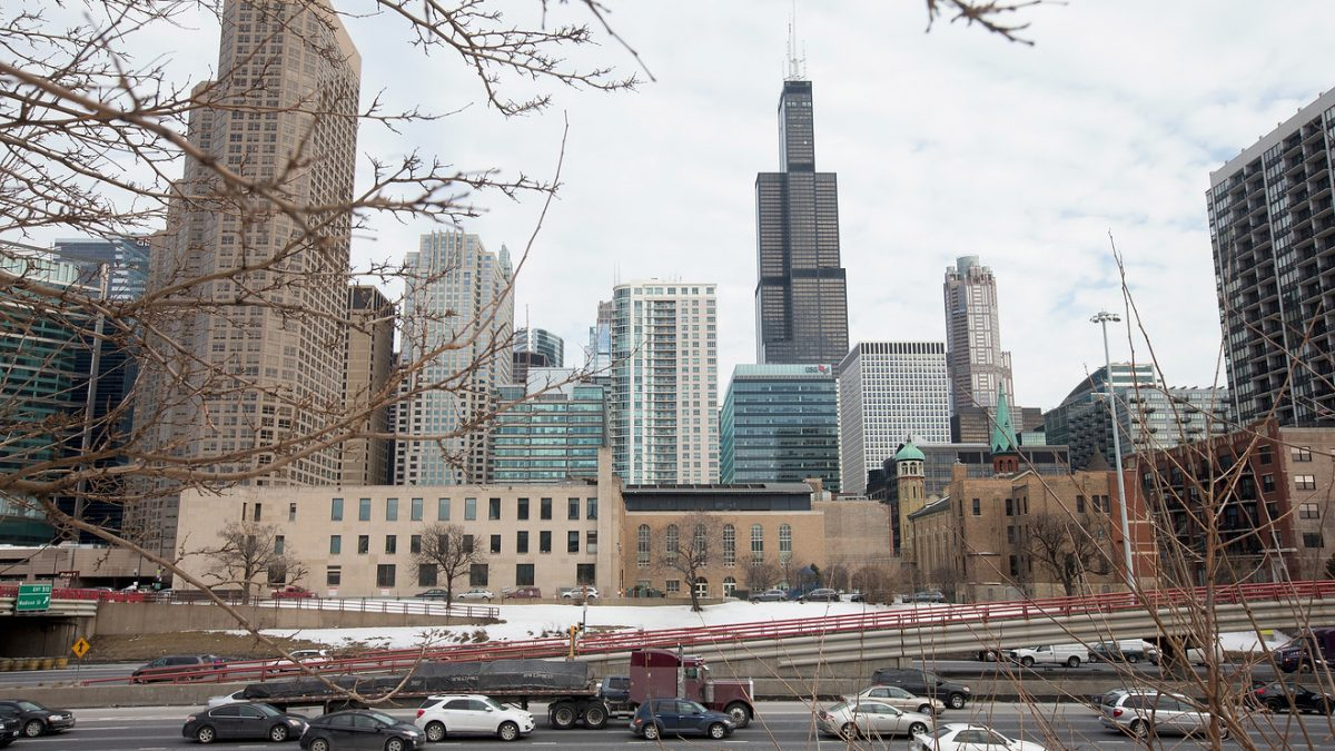 Economic Report: Chicago-region businesses improve in December, but they're still struggling to grow