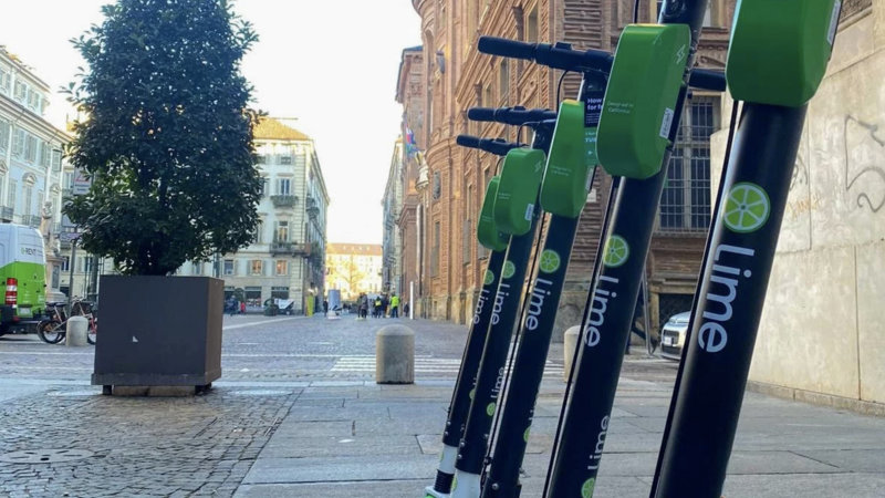 Lime to pull its electric scooters out of 12 cities