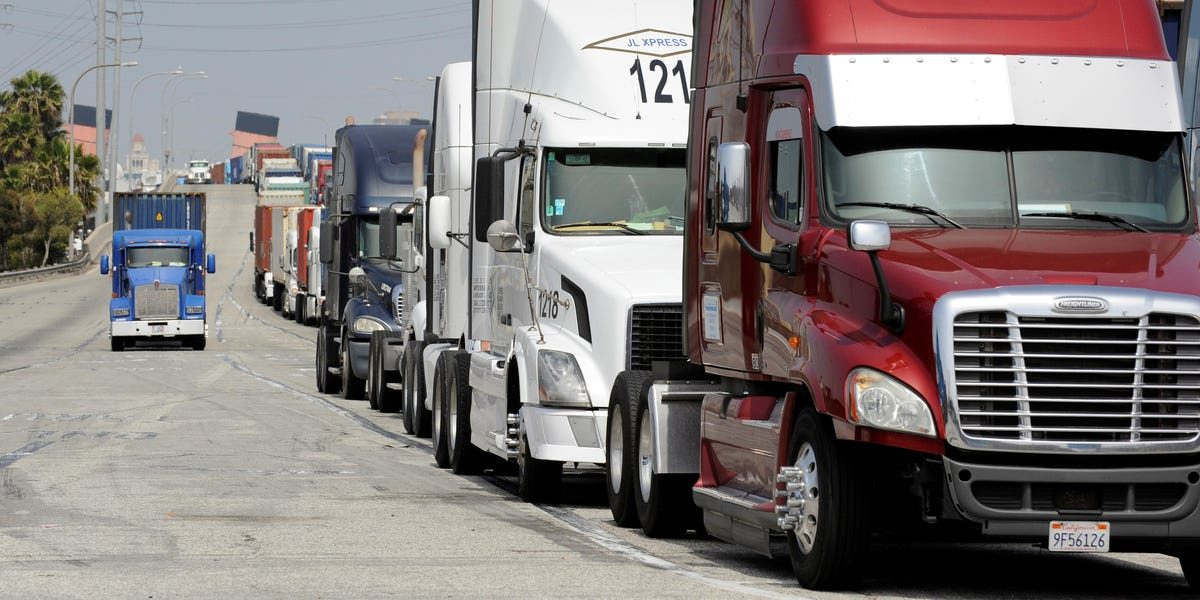 A 40-year-old California trucking company is shuttering as soaring insurance premiums and tumbling rates slam the industry — and 132 truck drivers will lose their jobs