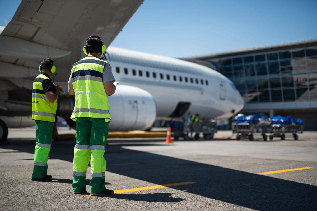 Delta Announces Layoffs of Contractors