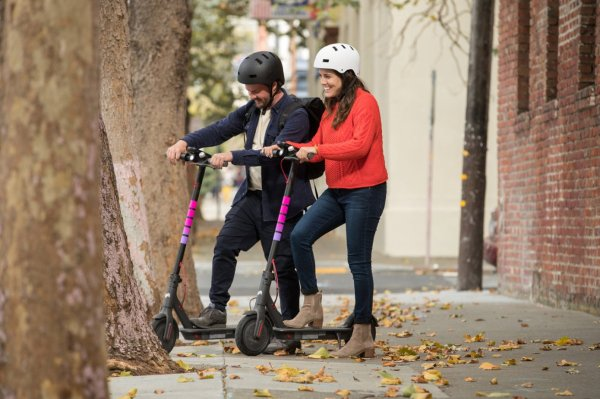 Lyft ends electric scooter operations in Oakland, Austin and San Jose