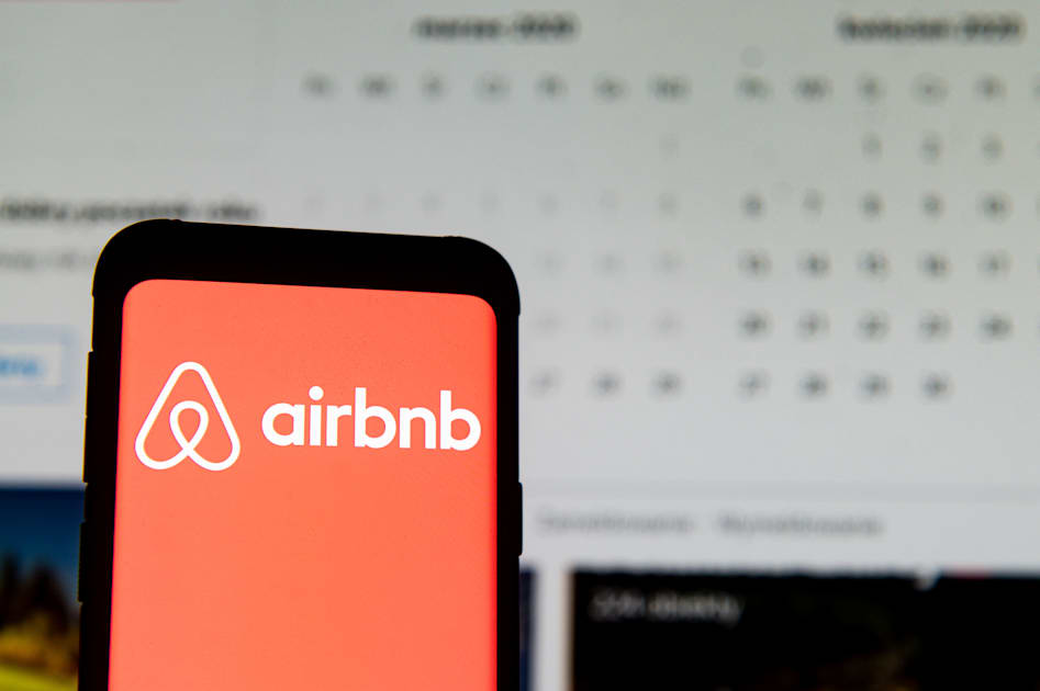 Airbnb will lay off 25 percent of its workforce due to COVID-19
