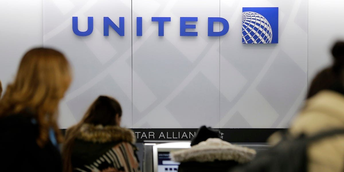 Leaked memo shows United is trying to convince some workers to quit ahead of layoffs, and it's offering up to 5 years of free flights as an incentive (UAL)
