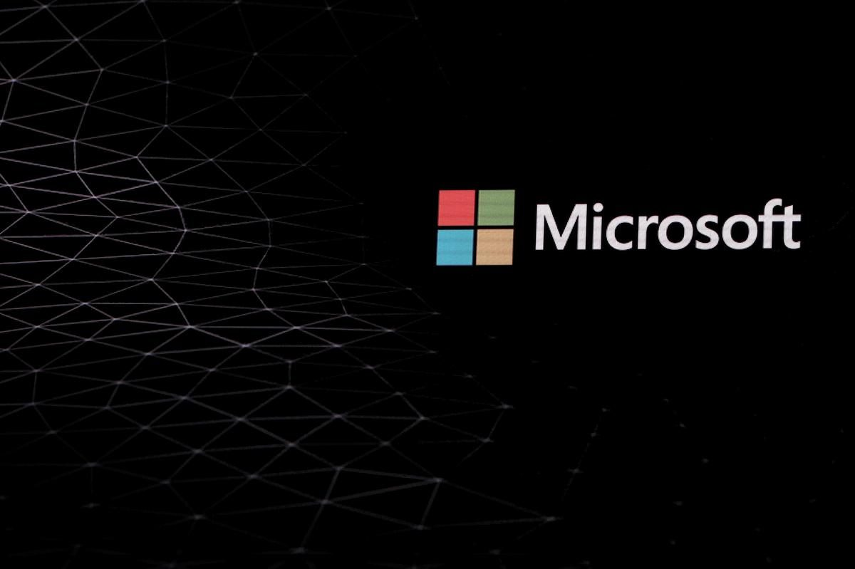 Microsoft to close physical stores, take $450 mln hit – Reuters