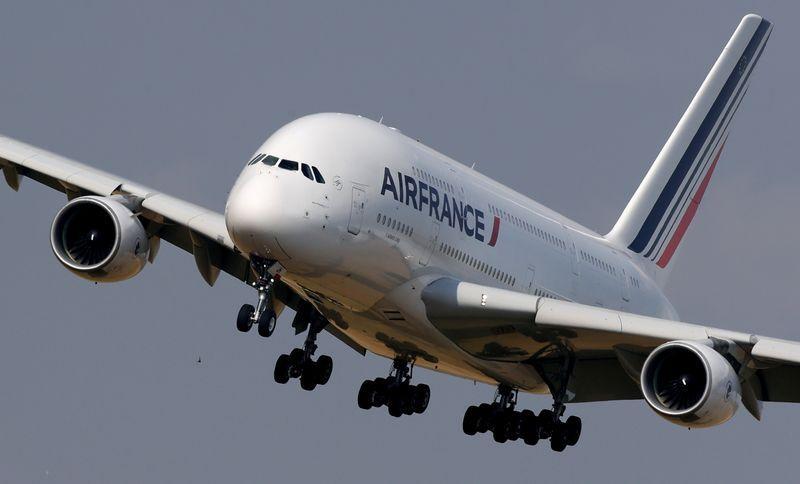 Air France unions braced for job cut talks – Reuters