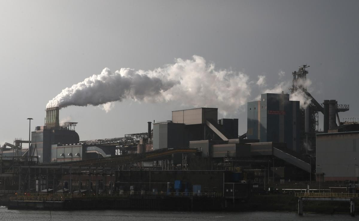 Tata Steel promises no forced layoffs at IJmuiden, says FNV union – Reuters UK