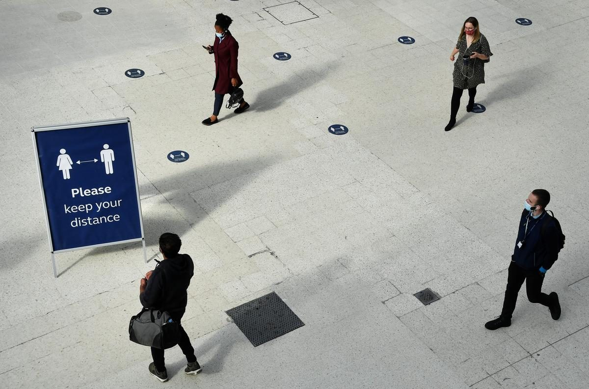 UPDATE 1-Pace of decline in UK jobs market slowed in June – ONS – Reuters India