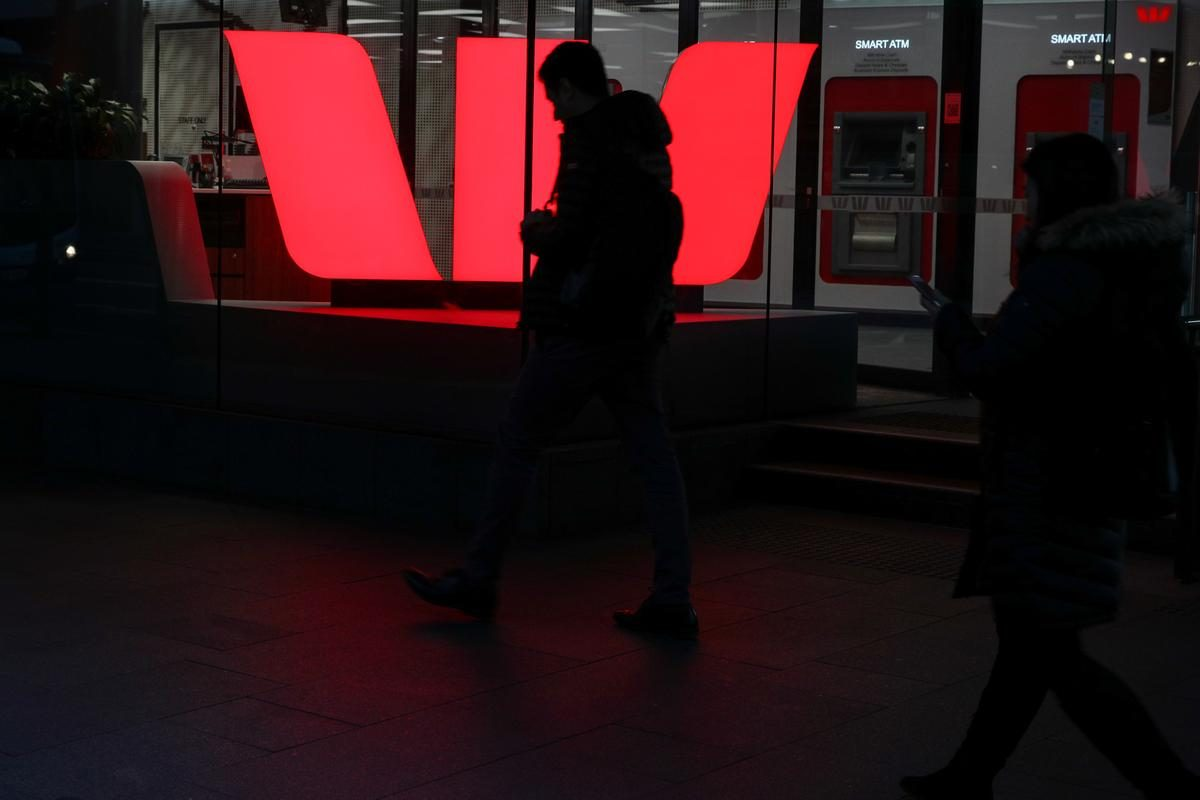 Westpac to move 1,000 overseas call centre jobs to Australia – Reuters India