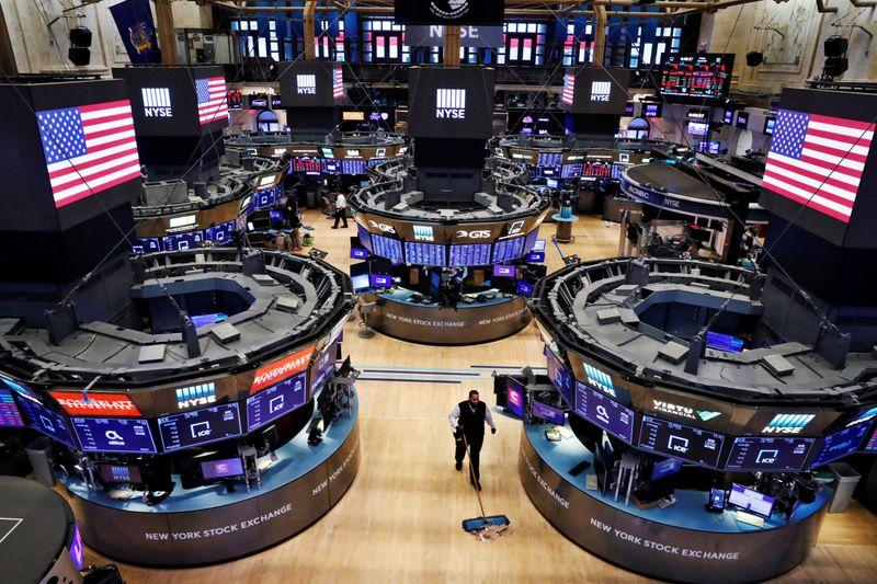 Wall Street set to open lower as labor market recovery cools – Reuters India